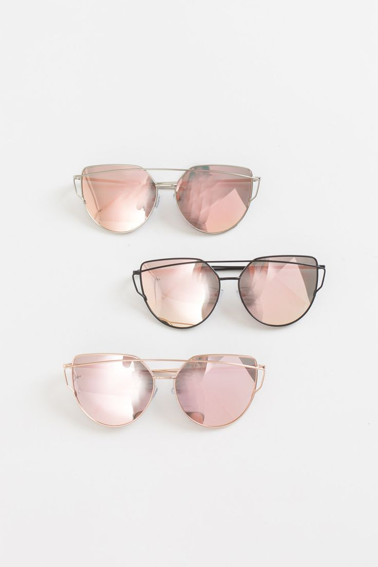 "These mirrored sunglasses are so retro chic yet feminine! We love the rose gold mirror finish and metal frame on these must have statement sunnies! Sunglasses measure 6"" x 2.25"". All sunglasses are fi"