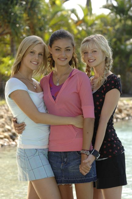 H20: Just Add Water  Emma, Cleo, and Rikki