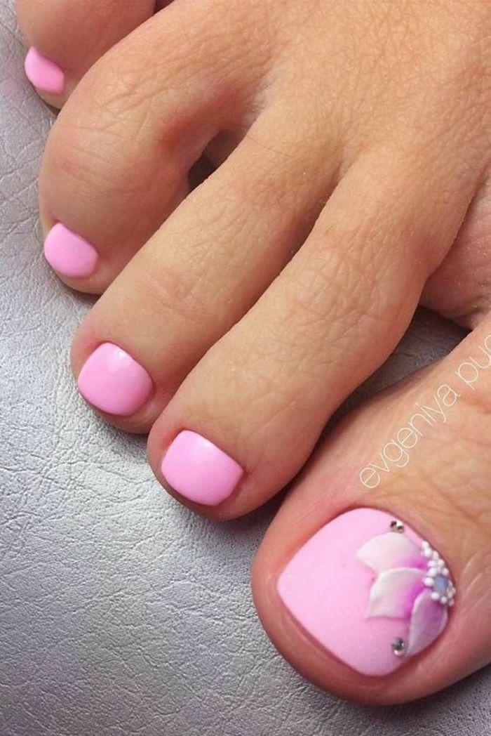 rosa nagellack für die füße