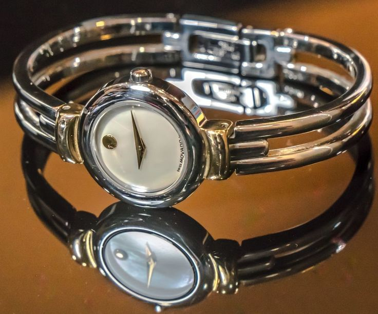 Movado Ladies wrist watch. Women's watch. Stainless steel 97.A1.809.A