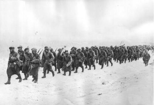 Romanian 4th Mountain Brigade marching to Sevastopol, WWII