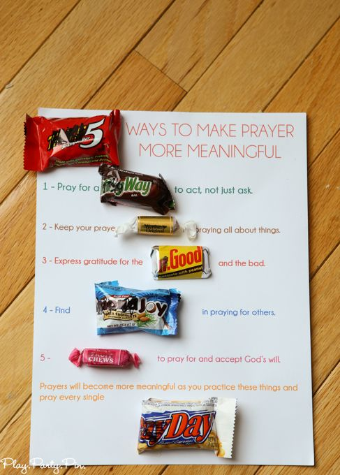 Okay this has to be one of the cutest young women handouts ever, perfect prayer lesson handout idea from playpartypin.com. Tons of other great young women handout ideas too!