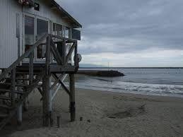 浜辺の小屋 イメージ