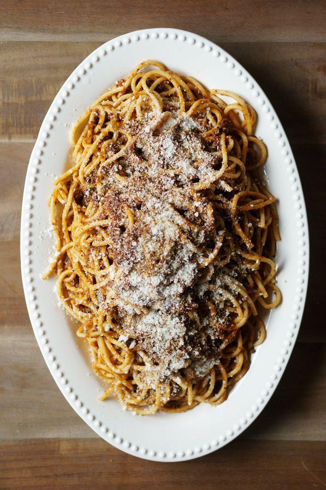 Bucatini lamb bolognese // HonestlyYUM