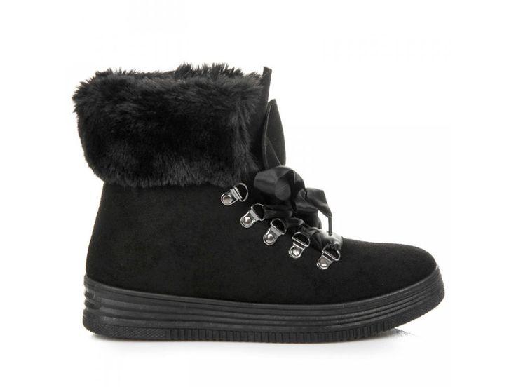 Čierne topánky Etela