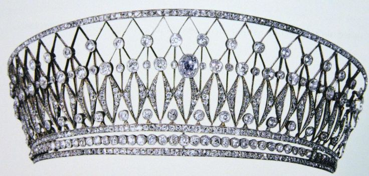 """Diamond kokoshnik-style Cartier tiara.""  anyone know the provenance of this piece--can't find anything online.  This one was easy!  It appears in Diana Scarisbrick's  ""Tiara"" p 111.  Can't say I care for the big central stone."