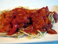 Spaghetti with Shrimp in a Spicy Tomato Sauce - Pasta con Salsa de Tomate, Gambas y Pimenton - Lisa Sierra