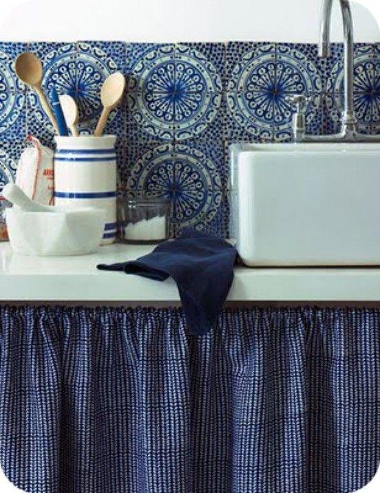 Couleur Pantone 2013 : Monaco Blue .. ou bleu marine foncé | Bel Lighting | Créateurs de luminaires