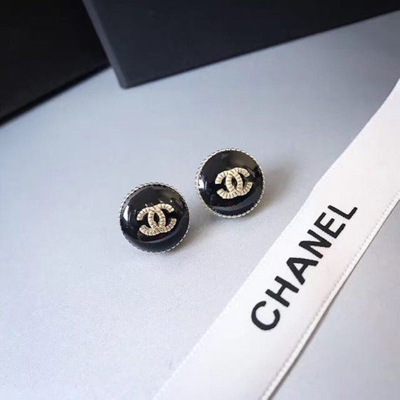 4d967f2c20dc9b Chanel Limited Classic Black Logo Earring Studs | Gift Ideas ...