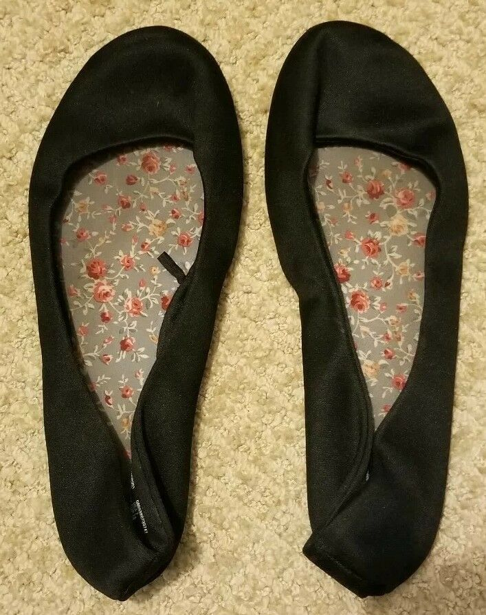 b8f7be5e54 Black Ballet Flats Womens Well Worn Size 7 Comfortable Used Closed Toe Slip  On #fashion #clothing #shoes #accessories #womensshoes #flats (ebay link)