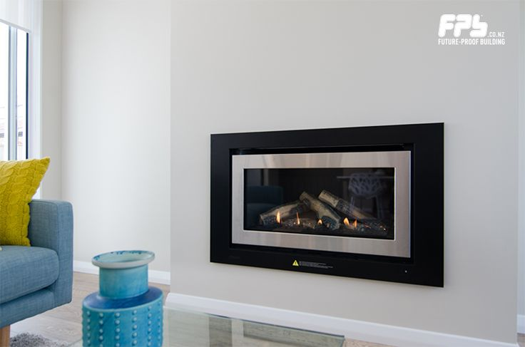 Rinnai (www.rinnai.co.nz) Evolve 950® Gas Fire. Two easily interchangeable burn media options – Silky Oak Logs or Glowing River Stones – plus a choice of frames. Up to 8.1 kW of heat output. Can easily heat spaces of up to 125m².
