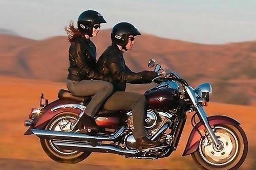 Костюм для езды на мотоцикли