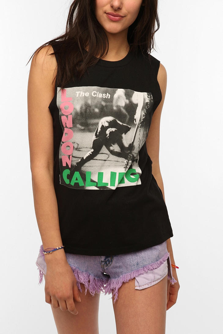 Orphan black t shirt uk - The Clash London Calling Muscle Tee Urban Outfitters