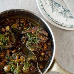 Rödvinsbräserad högrev med champinjoner och sidfläsk - Recept från Mitt kök - Mitt Kök