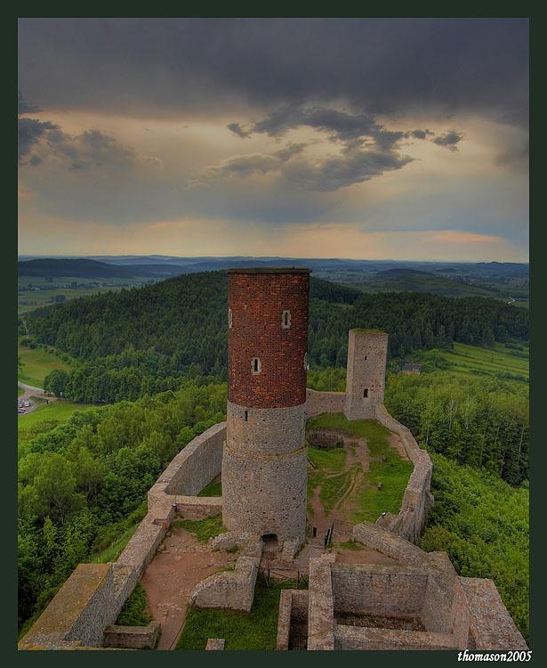Gory Swietokrzyskie-zamek w Checinach