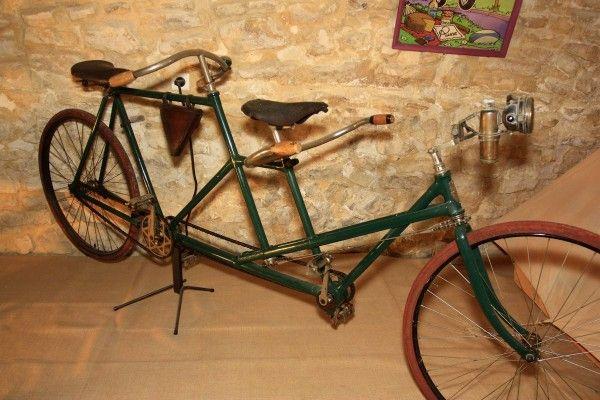 Musée du cycle - Pernes les fontaines - http://visitez-la-provence.fr/blog/lhistoire-sur-deux-roues/