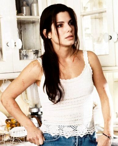 Sandra Bullock in Practical Magic is the most captivating creature. Just hypnotizing (pun not intended).