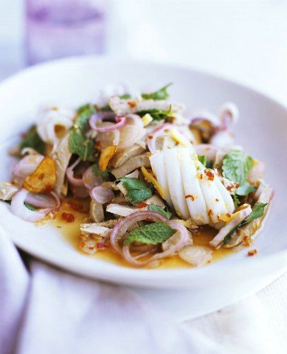 Recette de Salade thaï (seiche, au porc et vinaigrette pimentée)