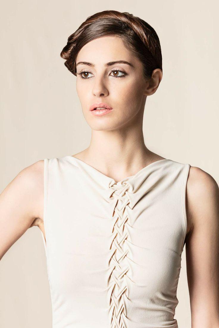 Vestito gonna drappeggiata beige #dressingfab #dress #shopping #fashion #pleinsud