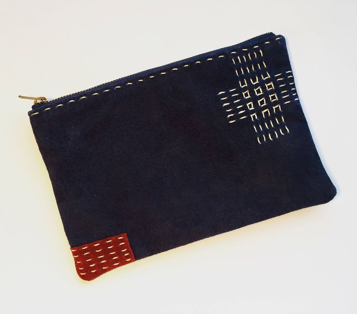 """Thanks for the kind words! ★★★★★ """"Love it! Arrived very quickly. Thx."""" JoJo C. #etsy #blue #sashikopouch #sashiko #leatherpouch #smallpouch #smallcase #cosmeticcase"""