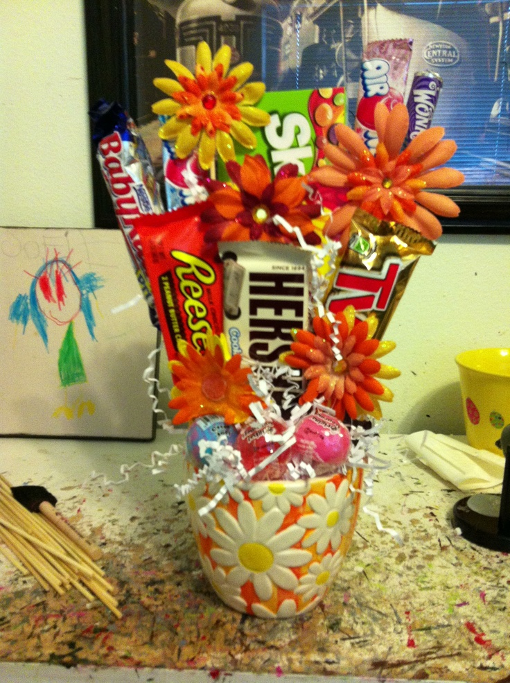 Beautiful Candy Bar Flower Bouquet Elaboration - Images for wedding ...