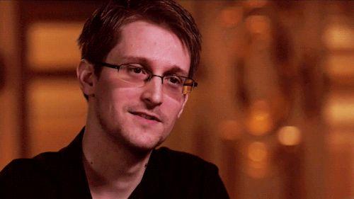 Climat : 28 fois où le présentateur météo Philippe Verdier s'est pris pour Edward Snowden