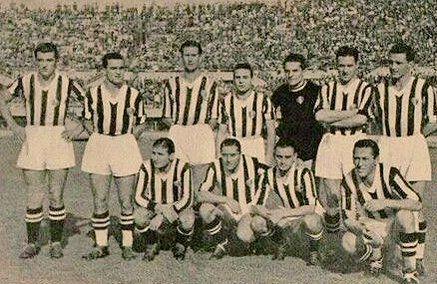 Juventus team photo 1942