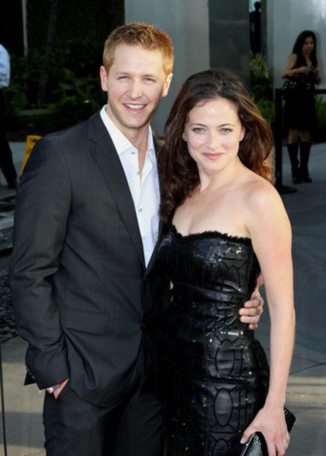 'True Blood' Season 3 Premiere Photos: Joshua Dallas and Lara Pulver Photo - 'True Blood' Season 3 Premiere
