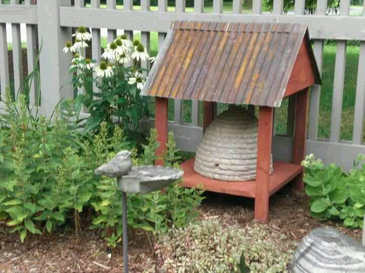 shelter for my bee skep