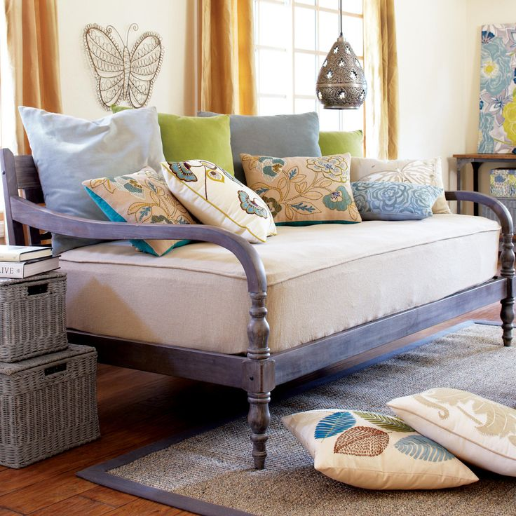 25 best ideas about daybed room on pinterest daybed. Black Bedroom Furniture Sets. Home Design Ideas