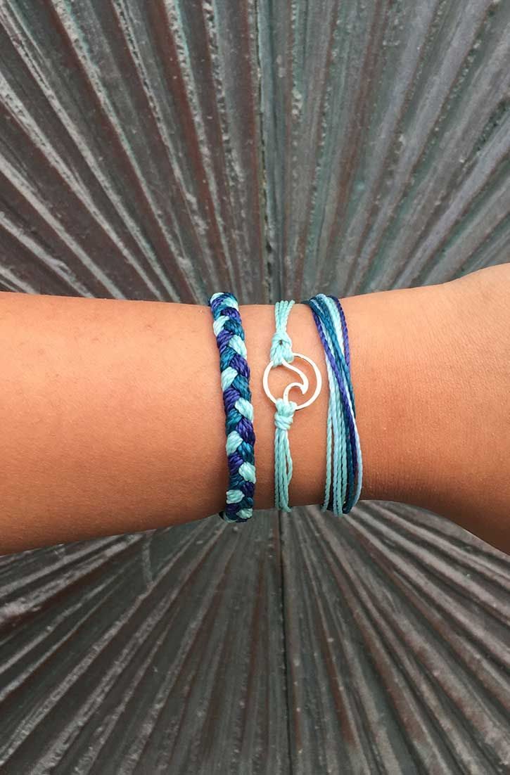 1) Sounds cool. How does it work? Each month, you'll receive 3 exclusive bracelets (up to $50 value) that are only available to Pura Vida Club members. Shipping is completely FREE on all U.S. orders!
