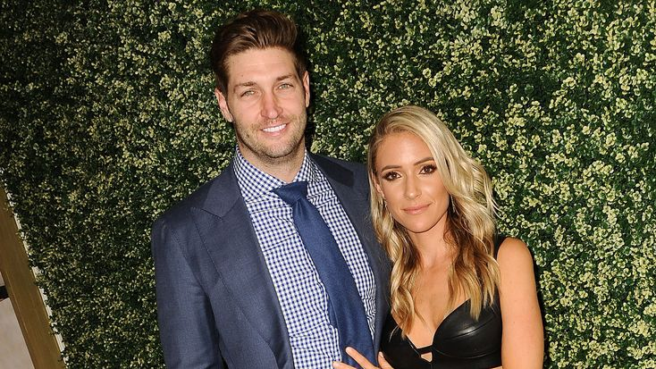 Bye-Bye Bears! Ex-QB Jay Cutler Unloading His Chicago-Area Mansion