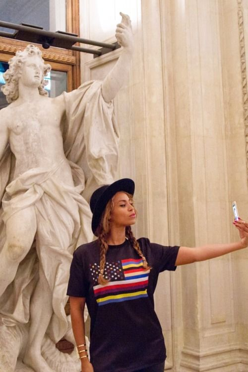 But first, lemme take a selfie.