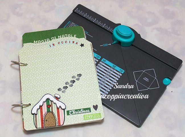 Ricettario Natalizio con Envelope punch board-Christmas Recipe book tutorial | l'arte vista da me