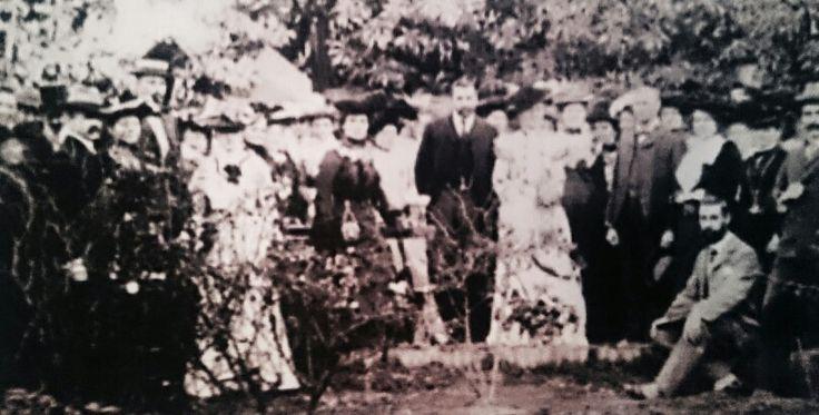 Christiaan Beyers saam met sy bruid, Frederiche Adelheid Mathilda König, op hul troudag. Sy kon Afrikaans, Engels,Frans en Duits vlot praat.