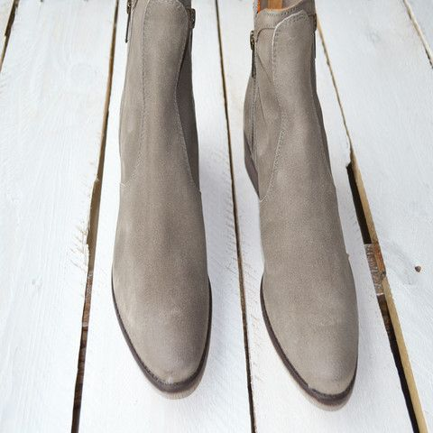 Dandy Boot – Composure Vintage, shop online @ www.composurevintage.com #fall #fallfashion #boots