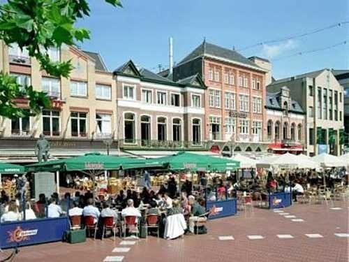Markt in Eindhoven, Noord-Brabant