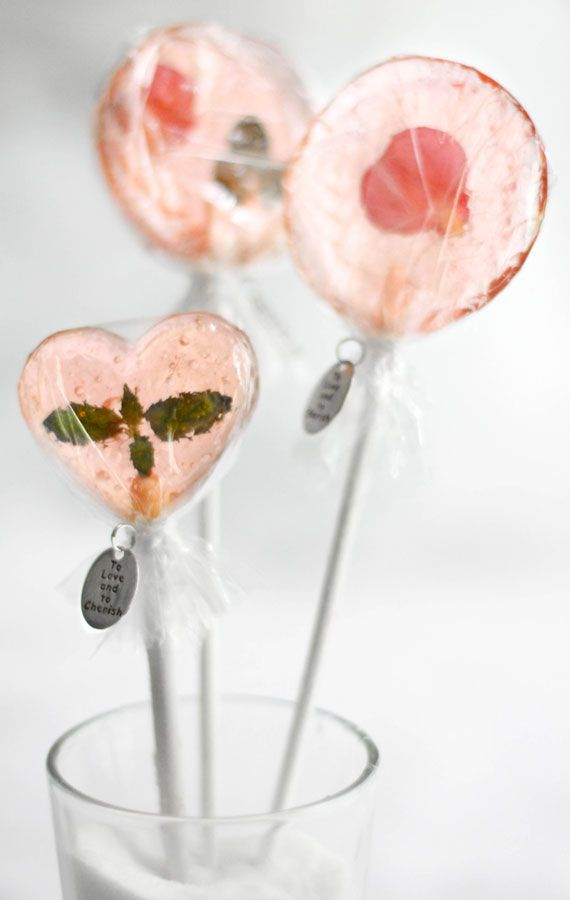 How to make lollypops with edible-flowers (like roses, pansies, mint leaves, etc) inside of them :)