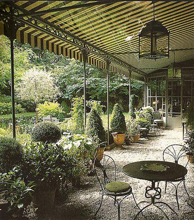 More lovely garden topiaries.