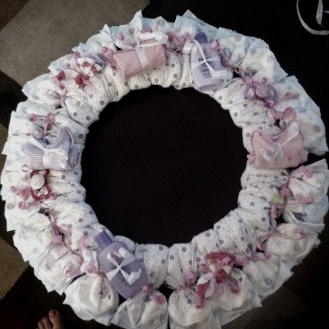 17 best images about baby crafts on pinterest diaper for Diaper crafts for baby shower