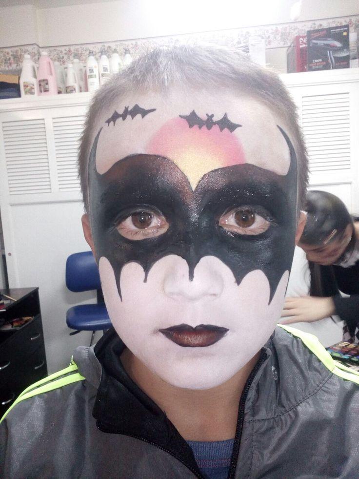 maquillaje de batman. halloween para niños. maquillaje artistico