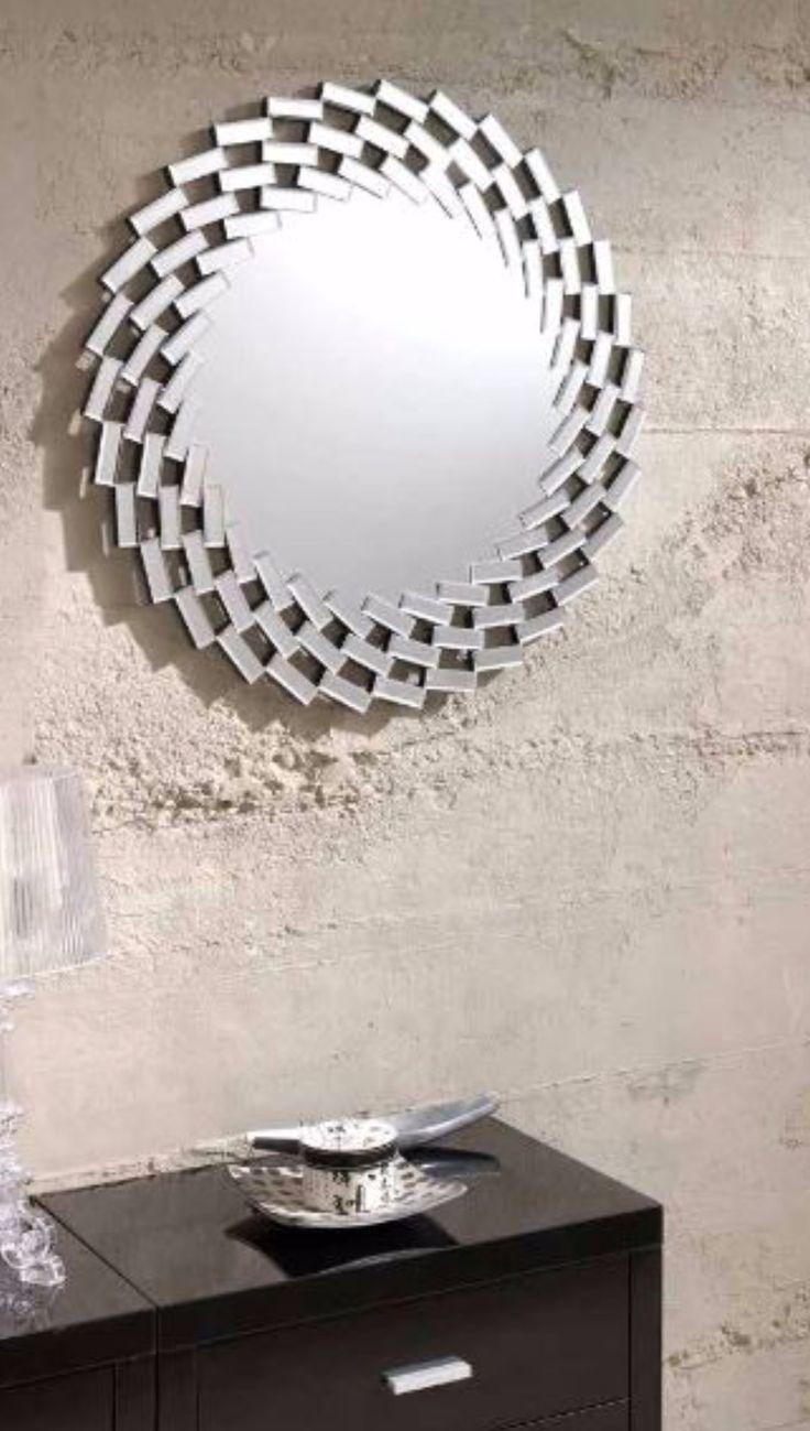 Speil modell SAVOY! Se vårt store utvalg av speil og interiør på: www.mirame.no  #speil #lys #stue #gang #rundtspeil #møbler #farger #shabbychic #mirame #pris  #interior #interiør #design #nordiskehjem #vakrehjem #nordiskdesign  #oslo #norge #norsk  #bilde #speilbilde #veggspeil #rom123 #nyheter #savoy
