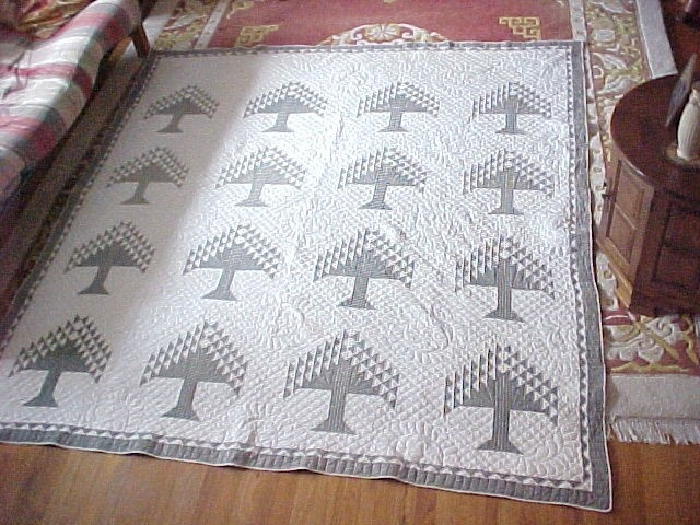 401 best Tree of life or Pine Tree quilts images on Pinterest ... : pine tree quilts - Adamdwight.com