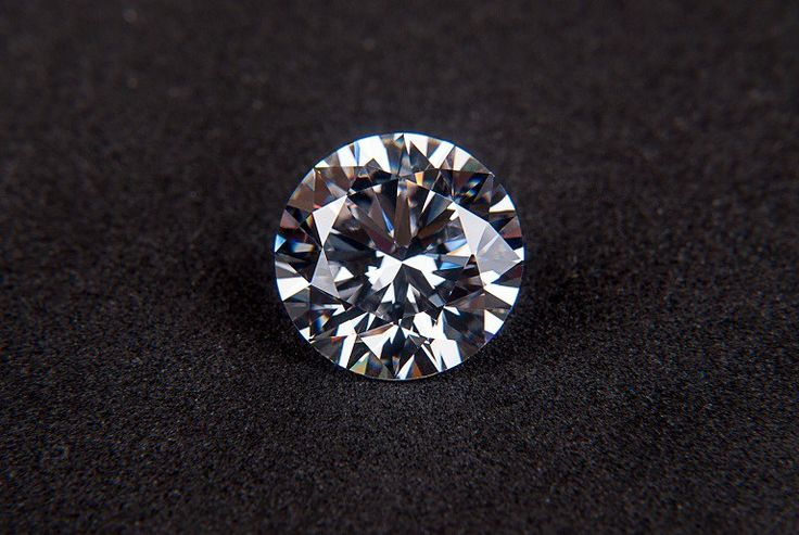 Many people who buy gemstones want to look at diamonds because they are regarded as a favorite and popular choice among precious stones. Precious stones offer the benefits of being stunningly beaut…