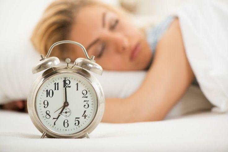 7 Tricks for Falling Asleep at Bedtime | Bustle