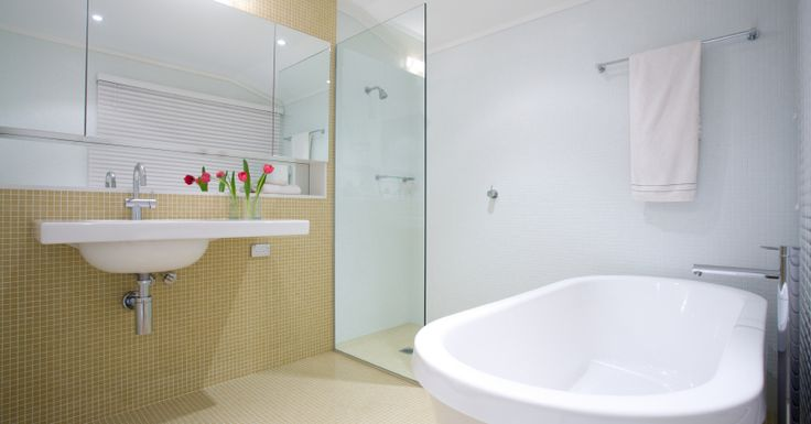 Nice bathroom, I want to make it as my own. This are a dedicated team of skilled licenced professionals focused on delivering uncompromising level of quality workmanship, great service and reliability with every bathroom renovation. #bathroom #renovations #Sydney #Sydney #bathroom #renovations