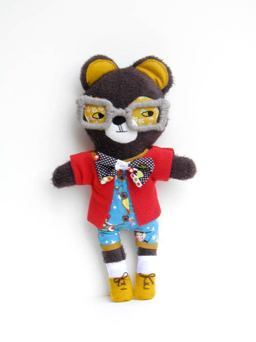 Gaspard the Bear by OneLittleRedFox on Etsy
