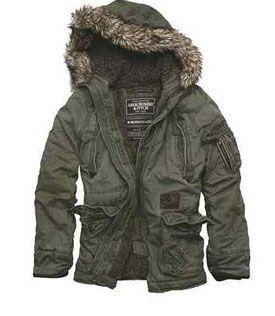 Überall ausverkauft..!! Die Jacke  ist nur hier bei uns erhältlich. http://designer-second-hand-shop.com/
