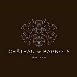 """Le domaine du Château #Bagnols vous accueille au sein de son complexe hôtelier luxueux, doté de salles adaptées à tous vos besoins, où un personnel réactif se tiendra à votre diposition.. Réservez à tout moment. Conciergerie à disposition. - Profitez aussi des creux de saison et faites votre proposition sur """"Faire une offre"""" en bas du Kub. 69470 #Cours-la-Ville"""