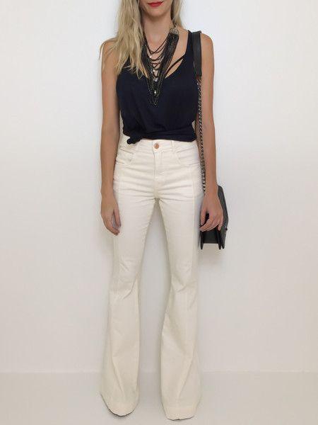 Calça flare hot pants off white - Flávia Christina